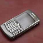 Làm sao để lựa chọn mua BlackBerry 8110, 9100 bản xách tay các mới fullbox, lượng tiền cực good