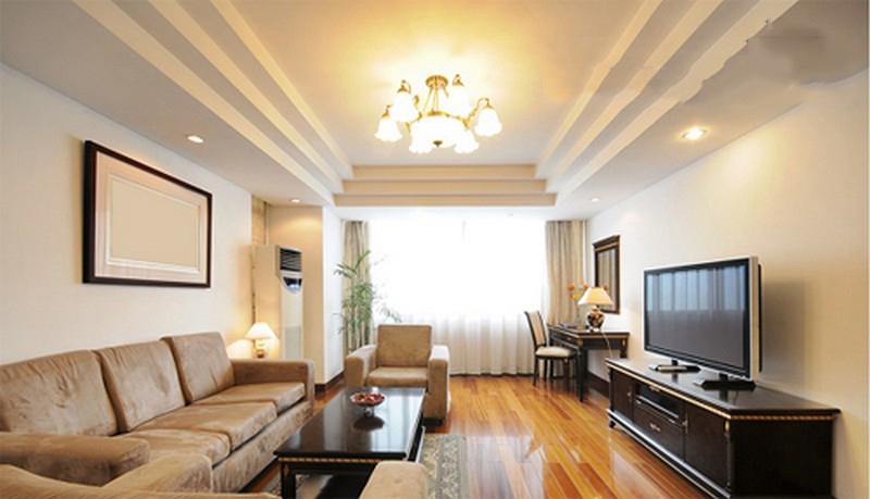 Làm trần thạch cao cho không gian phòng khách lung linh. Lam tran thach cao cho khong gian phong khach lung linh. KTV