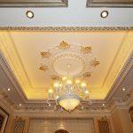 Thiết kế trần thạch cao cho phòng khách biệt thự sang trọng
